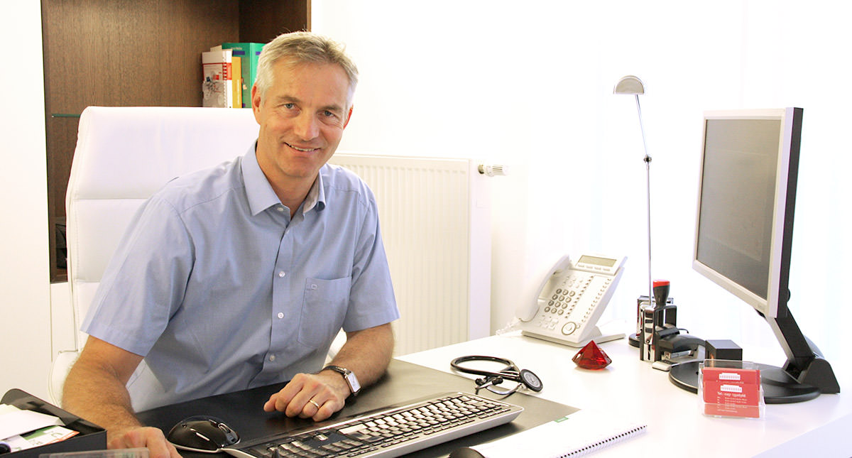 Dr. Jörn Günther